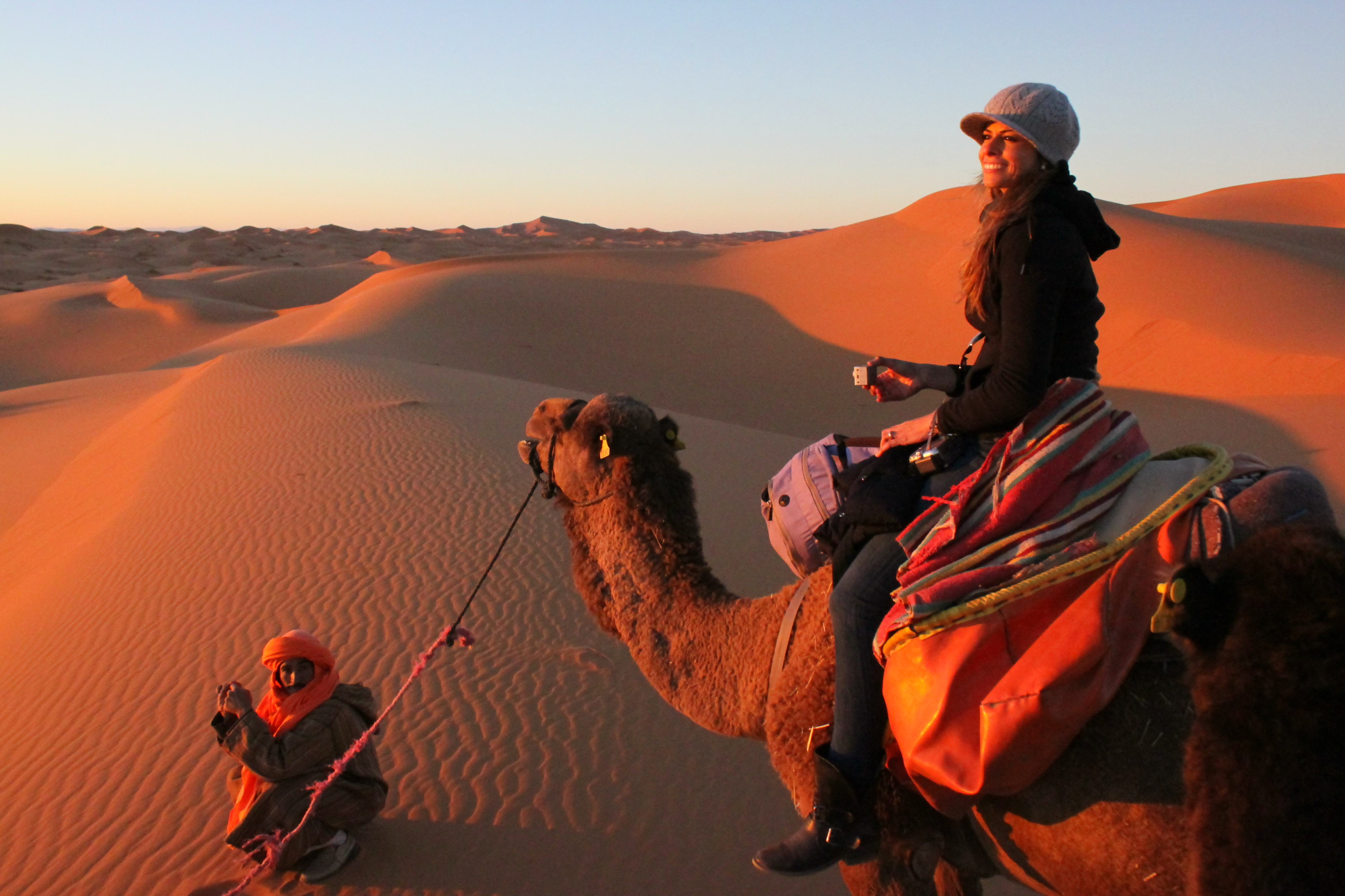 """Travelling Doesn't Need to Be a """"Pain in the Back"""""""